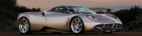 SHIFT 2 : the Pagani Huayra strikes a pose